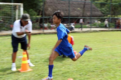 Bình Dương săn tài năng bóng đá trẻ - 5