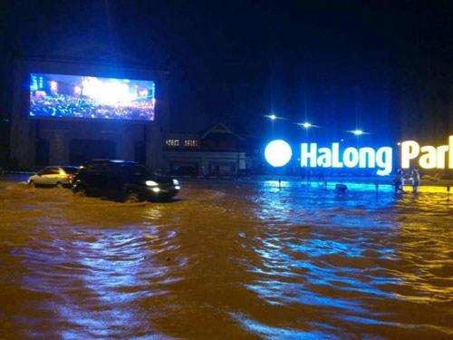 Hạ Long, Cẩm Phả chìm trong biển nước, 2 người thương vong - 1