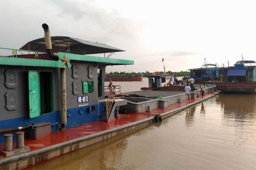 Quặn lòng gia đình 4 người tử vong trong vụ chìm tàu - 3