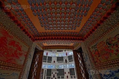 Ngắm cung điện gốm sứ gần 17 tỷ của cụ bà 86 tuổi - 7
