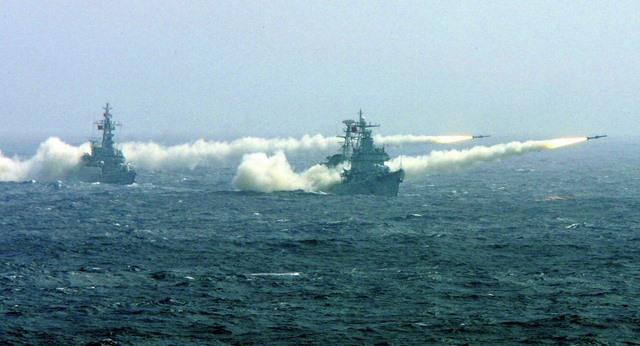 Báo TQ kêu gọi chuẩn bị cho xung đột quân sự ở Biển Đông - 1