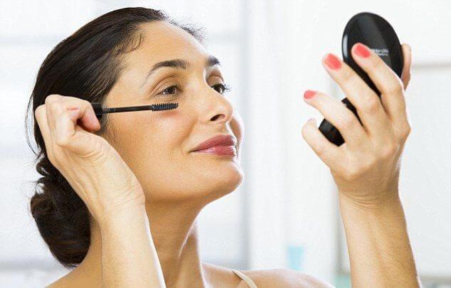 7 lưu ý giúp phụ nữ trung niên đẹp rạng ngời - 1