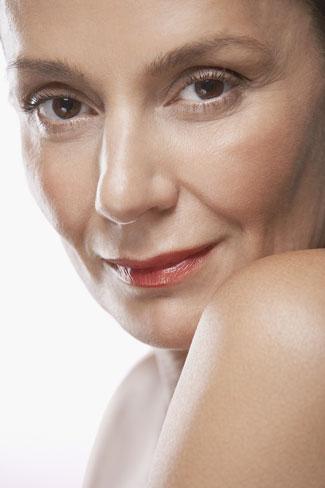 7 lưu ý giúp phụ nữ trung niên đẹp rạng ngời - 3
