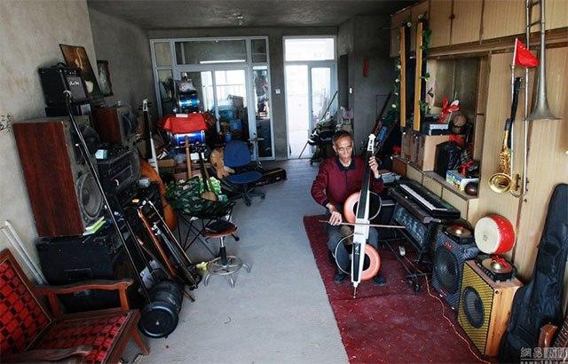 Cụ ông Trung Quốc chế 1.200 nhạc cụ từ rác thải - 4