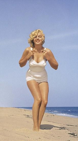 2 mỹ nữ phồn thực lọt danh sách mặc bikini đẹp nhất - 3