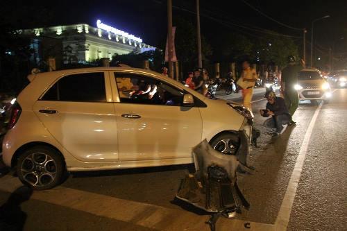 Phó ban Dân tộc tỉnh Đồng Nai gây tai nạn liên hoàn - 1