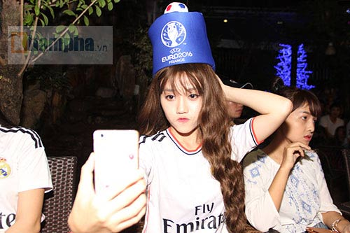 Fan nữ Real thổn thức sau đại chiến Ronaldo – Bale - 4