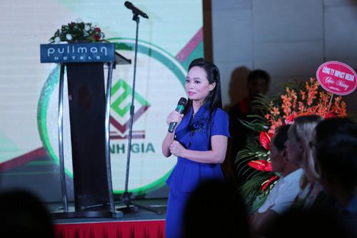 Huyền My - Phan Anh rạng rỡ trong buổi ra mắt bộ dược mỹ phẩm OCEANIC - 4