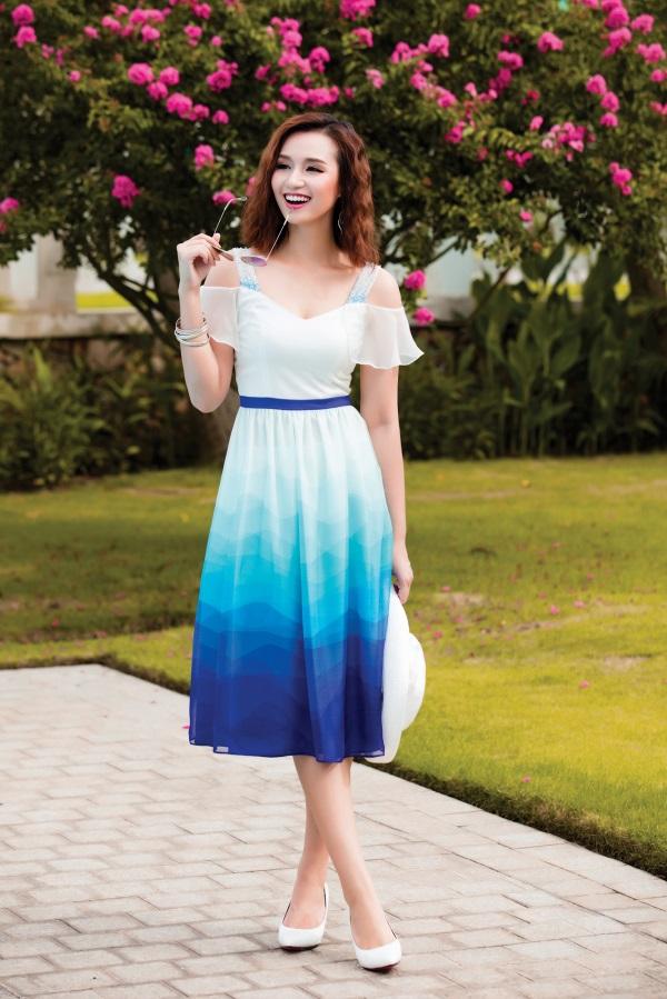 Lã Thanh Huyền rạng ngời với váy áo ombre tươi mát - 1