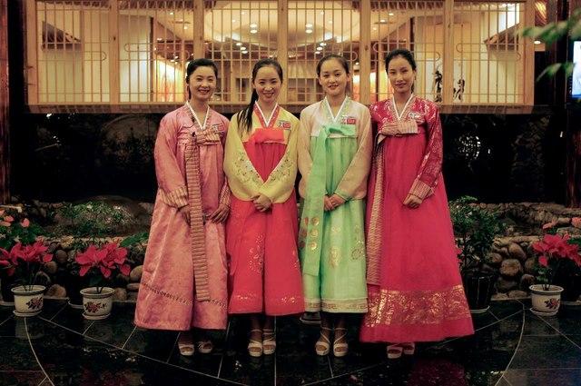 Triều Tiên cử 300 người theo dõi công nhân làm việc ở TQ - 1