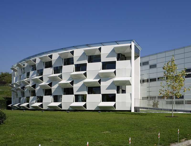 Áo: Tòa nhà thay đổi mặt tiền cả chục lần mỗi ngày - 9