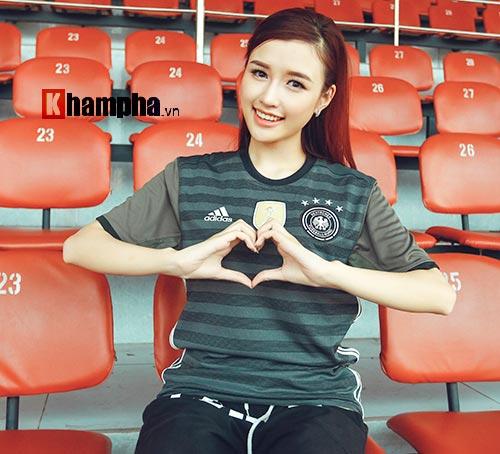 Người đẹp Phương Chi: Xứng danh fan cuồng tuyển Đức - 3