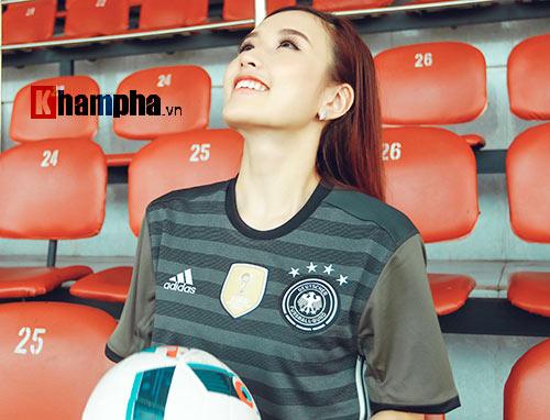 Người đẹp Phương Chi: Xứng danh fan cuồng tuyển Đức - 5