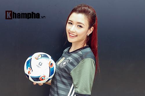 Người đẹp Phương Chi: Xứng danh fan cuồng tuyển Đức - 6