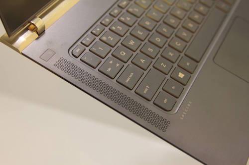 HP giới thiệu laptop mỏng nhất thế giới, giá 43 triệu đồng - 10