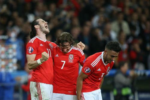 Tin nhanh Euro 7/7: Xứ Wales sẽ được chào đón như nhà vô địch - 1