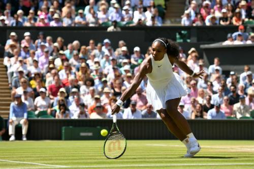 """Serena - Vesnina: """"Hoa khôi"""" thành """"hoa tàn"""" (BK Wimbledon) - 1"""