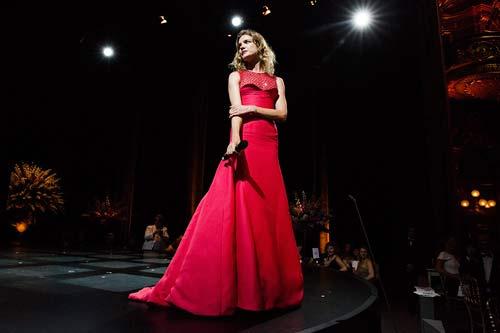 Hot girl Hollywood gây chú ý với váy xuyên thấu nội y - 20