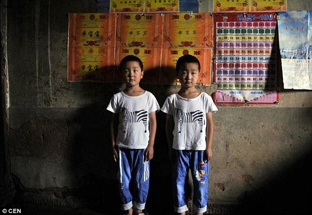 Ngôi làng nhỏ có tới 39 cặp song sinh ở Trung Quốc - 2