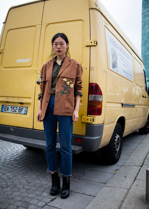 Áo khoác - Vật bất ly thân của tín đồ ở Paris Fashion Week - 14