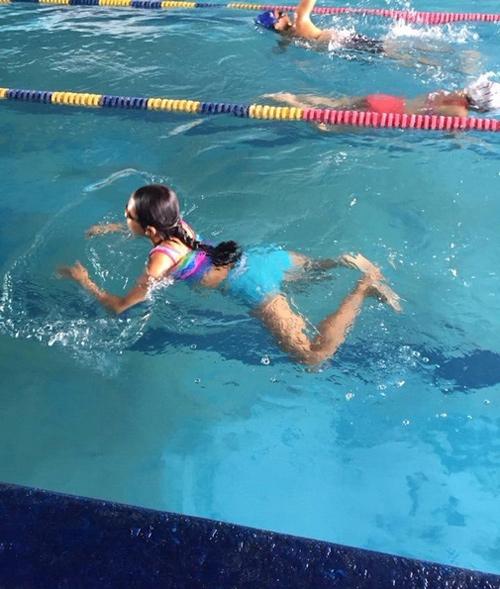 Bất ngờ với gu thời trang đi bơi của Phương Mỹ Chi - 9