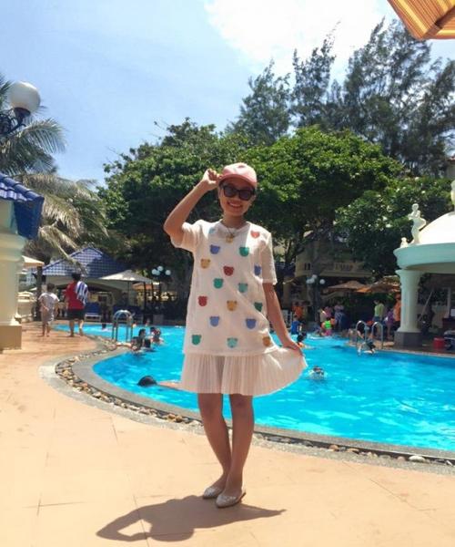 Bất ngờ với gu thời trang đi bơi của Phương Mỹ Chi - 3