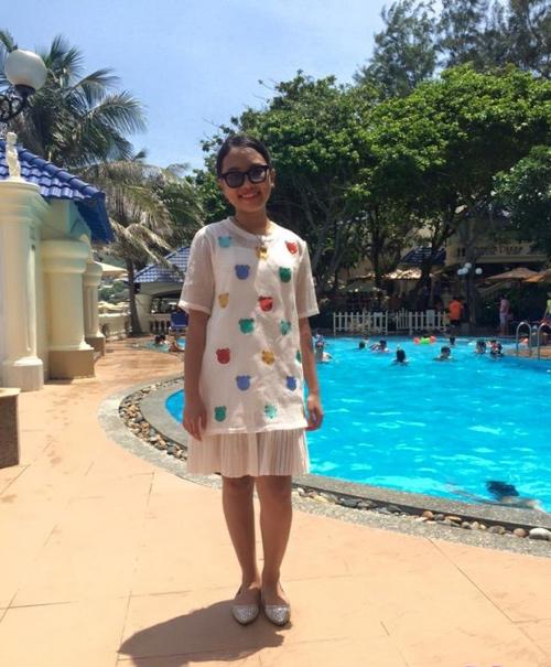 Bất ngờ với gu thời trang đi bơi của Phương Mỹ Chi - 2