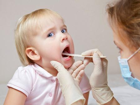 4 bệnh phổ biến hầu như trẻ nào cũng mắc trong mùa nóng - 2