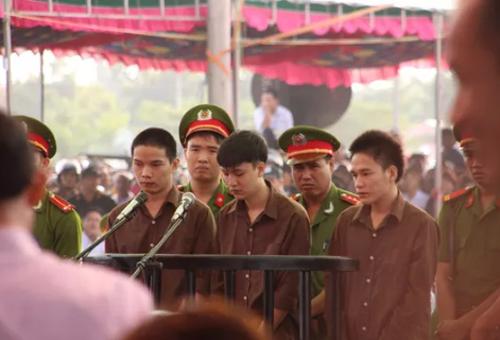 Nguyễn Hải Dương bật khóc sau 1 năm thảm sát Bình Phước - 1