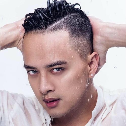 """Cao Thái Sơn tung hình """"nóng"""" sau lệnh cấm ảnh nude dỡ bỏ - 2"""