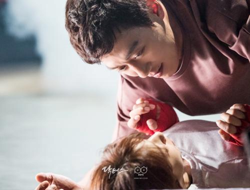 Dàn diễn viên cực đẹp của phim đang hot nhất xứ Hàn - 2