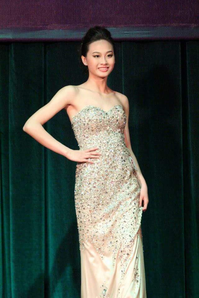 Tiệc bể bơi sôi động của dàn thí sinh Hoa hậu Điếc - 10