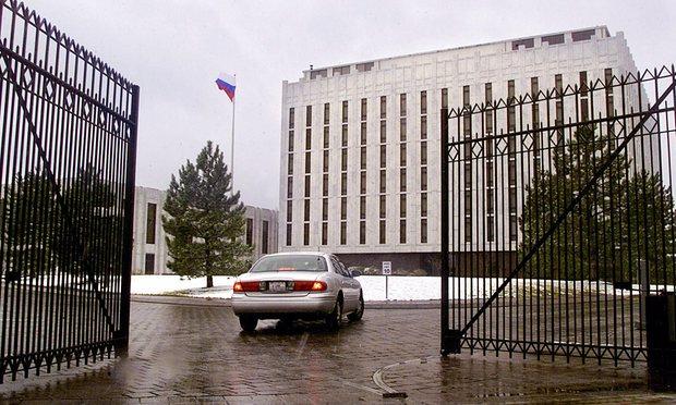 Video: Cảnh sát Nga đánh lộn với nhà ngoại giao Mỹ - 3
