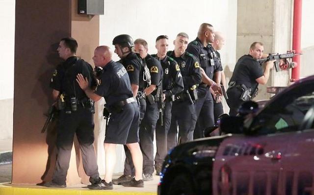 Vì sao cảnh sát Mỹ bắn chết nhiều người nhất thế giới? - 5