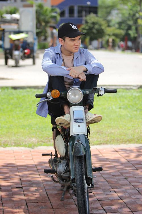 Choáng với cảnh nghèo đói của sao Việt trên màn ảnh - 10