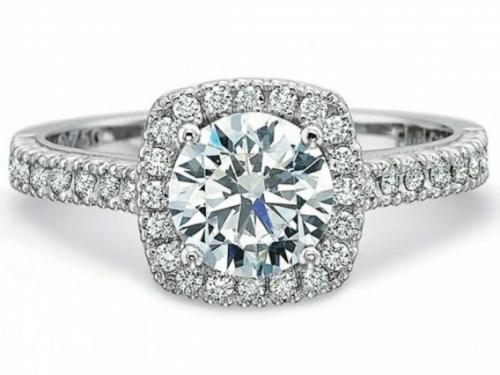Choáng váng những chiếc nhẫn có giá hàng chục tỷ đồng - 3