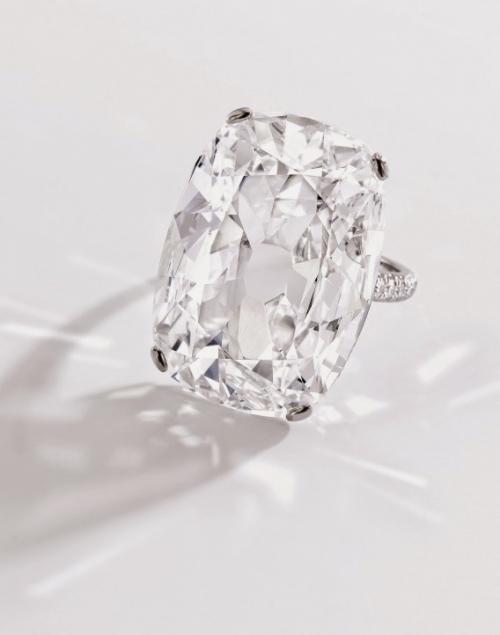Choáng váng những chiếc nhẫn có giá hàng chục tỷ đồng - 9