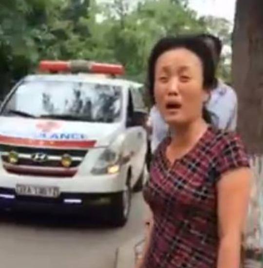 Vụ chặn xe cấp cứu: Giám đốc BV Nhi Trung ương xin lỗi - 1