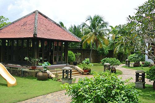 Dinh thự gỗ quý như cung điện của MC Thu Hương - 5