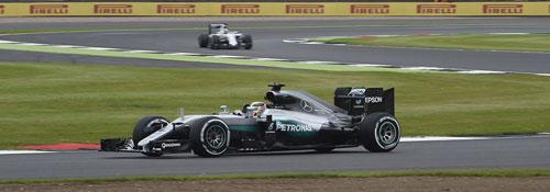 Đua thử British GP: Sự trở lại mạnh mẽ của Hamilton - 1