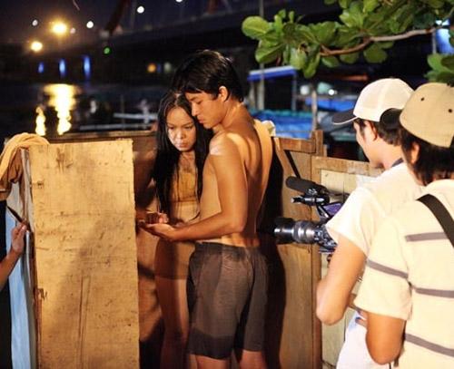 """Sốc với ảnh """"khoe thân"""" của Hoài Linh, Việt Hương - 7"""
