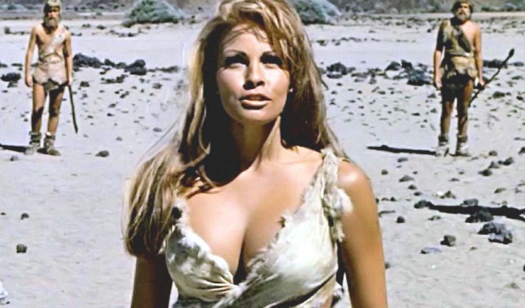 Bất ngờ với cảnh phim bikini đẹp nhất mọi thời đại - 4