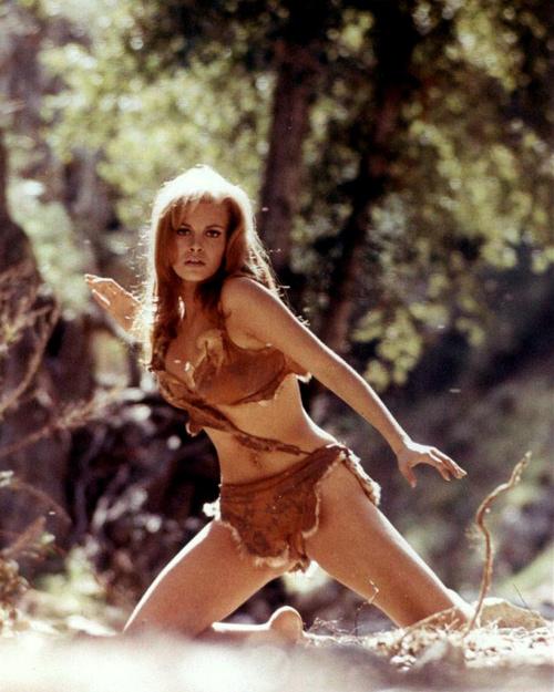 Bất ngờ với cảnh phim bikini đẹp nhất mọi thời đại - 8
