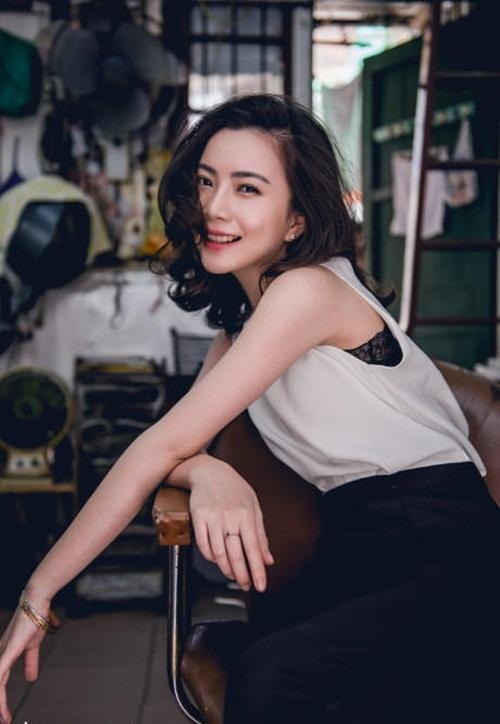 Vẻ đẹp lay động lòng người của nữ thạc sĩ Trung Quốc - 1