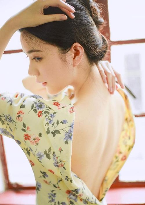 Vẻ đẹp lay động lòng người của nữ thạc sĩ Trung Quốc - 3