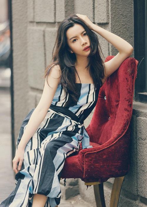 Vẻ đẹp lay động lòng người của nữ thạc sĩ Trung Quốc - 5