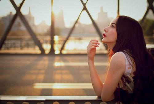 Vẻ đẹp lay động lòng người của nữ thạc sĩ Trung Quốc - 10
