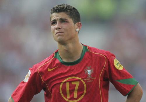 """Nếu vô địch Euro, Ronaldo cũng vĩ đại như Ro """"béo"""" - 3"""