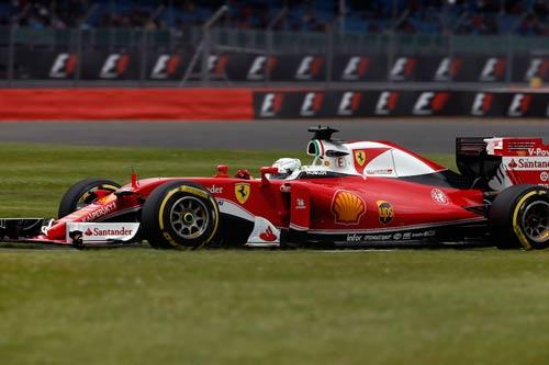 F1, phân hạng British GP: Căng thẳng đến giây cuối - 1