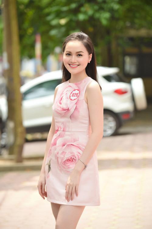 Dàn thiếu nữ xinh đẹp quy tụ ở sơ khảo Hoa hậu VN - 2
